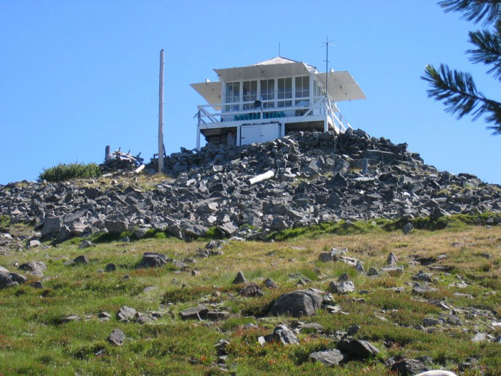 a lookout tower in the idaho wilderness