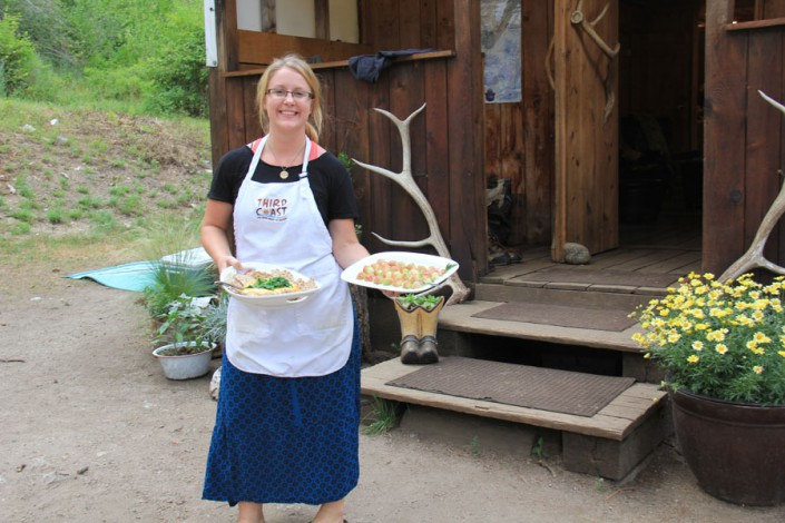 the chef shows off her appetizers in paradise, idaho glamping